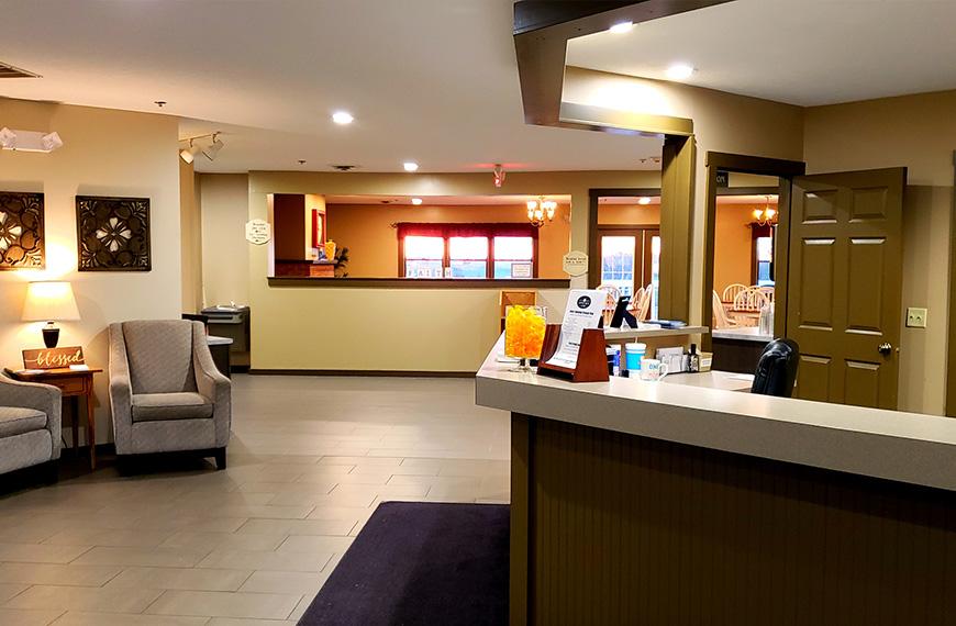 com comforter drive glen inn this comfort image of hotel gallery berlin property oh us millersburg suites booking ohio